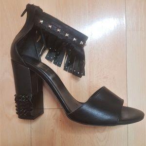 Town Shoes Block Heel Fringe Sandal NWOT